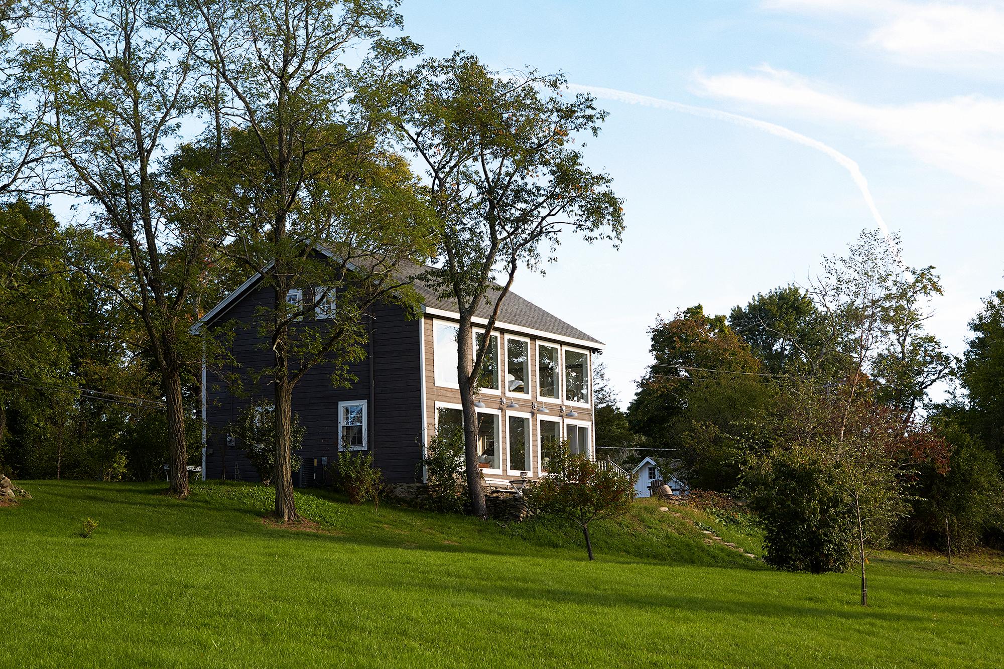 Guns dröm om ett gästhus började med en önskan att rädda den gamla ladan som höll på att kollapsa.