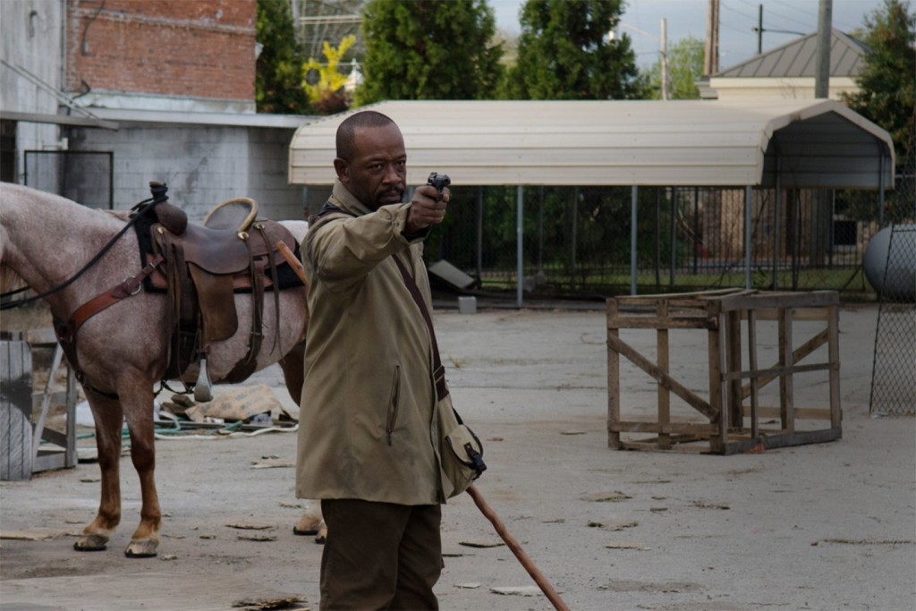 Morgan tvingas välja bort nåden.