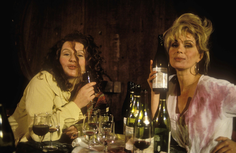 Edina och Patsy, en helt vanlig kväll på fransk semester.