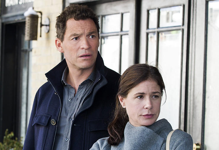 Dominic West as Noah and Maura Tierney as Helen in The Affair (season 2, episode 8). - Photo: Mark Schafer/SHOWTIME - Photo ID: TheAffair_208_6186