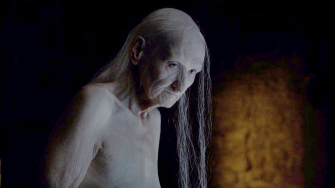 old-melisandre-asseen-in-episode-1-of-hbos-game-of-thrones-season-6-670x376