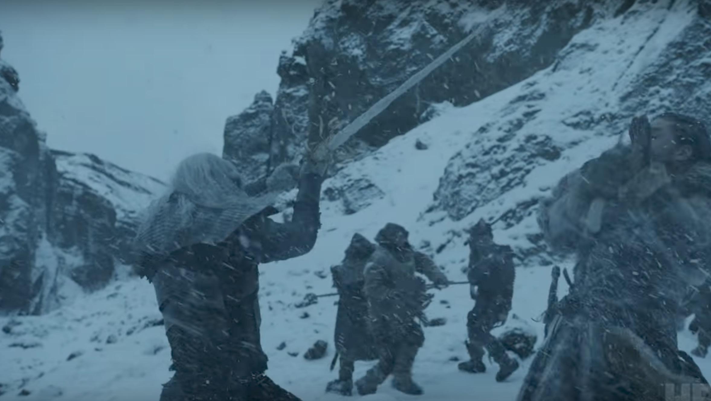 Ser ut som att Jon Snow slåss mot en white walker här, inte bara en wight.