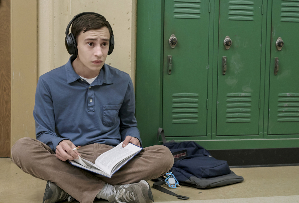 atypical-netflix-premiere-date-video-keir-gilchrist