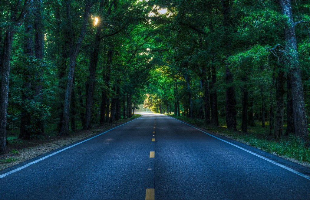 road-926315_1920