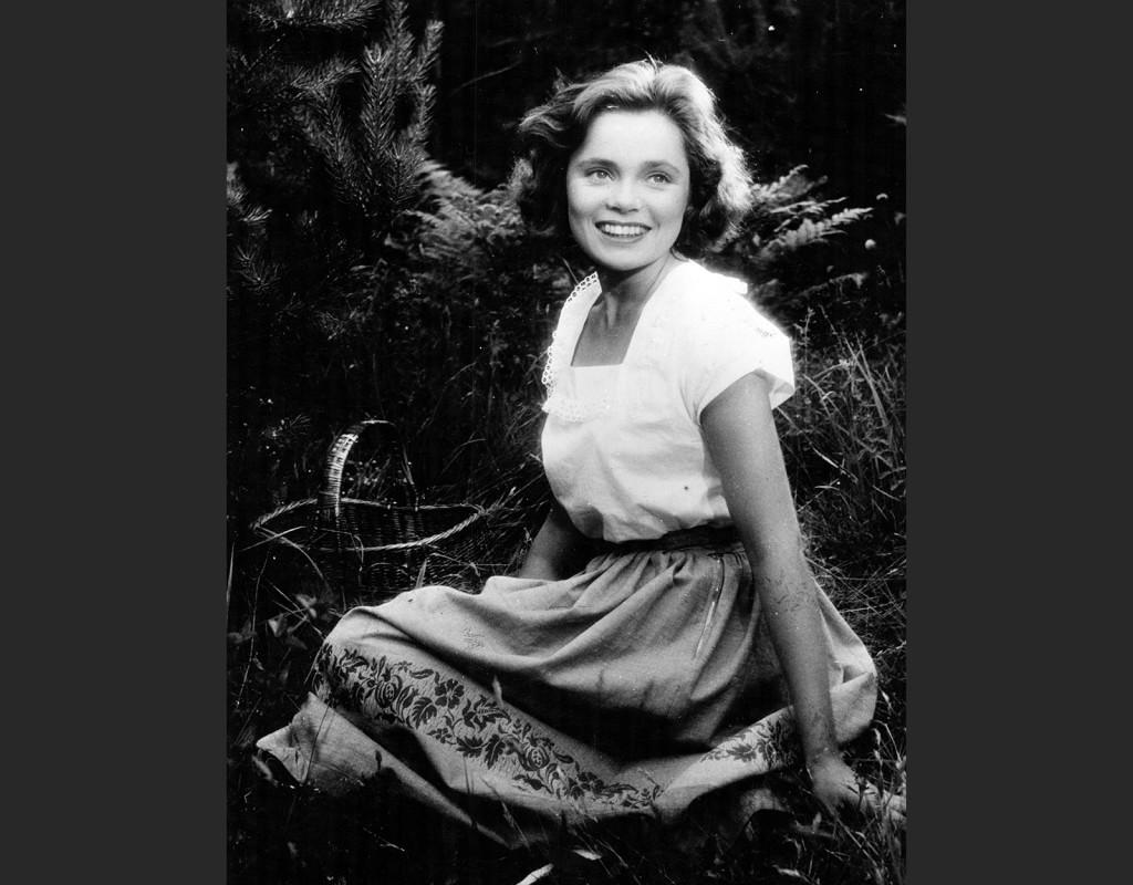 Hon dansade en sommar, Arne Mattsson (1951)