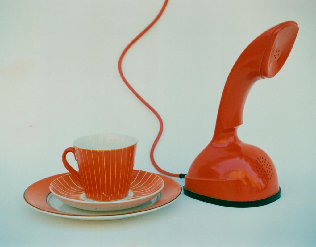 Kobratelefonen (1956)  och Spisa Ribb och Terma, Stig Lindbergs serviser (1955)