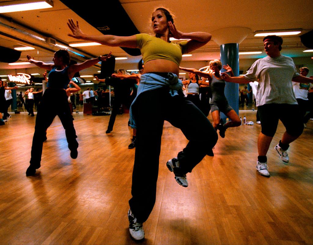 Under 90-talet drog hälsotrenden igång på allvar. Aerobics var en av de populäraste träningsformerna.  Foto: Thomas Johansson