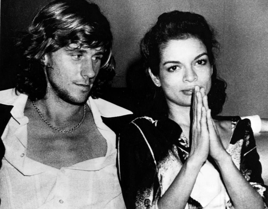 Björn Borg, tennisspelare och Bianca Jagger, politisk aktivist, på nattklubben Studio 54 i New York.