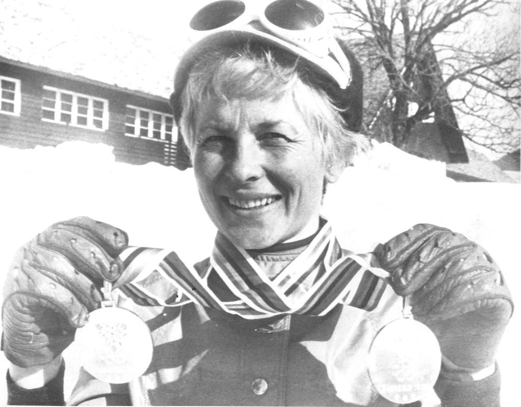 Toini Gustafsson Rönnlund, (1938), längdskidor. Två OS-guld 1968, två OS-silver, ett VM-silver, två VM-brons. Bragdguldet 1968.