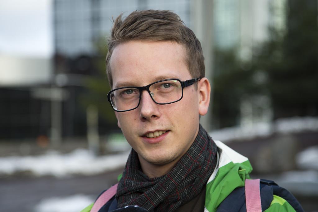 Tommy Lindskog, 29, ingenjör, Hindås: - Nej, jag känner inte igen henne. Men jag tror att jag läst om henne i tidningen.