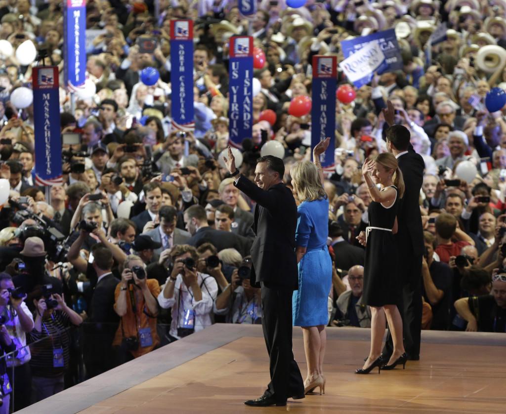 Partikonventen utser slutligen partiets presidentkandidat – men är lika mycket propagandamaskineri. Här accepterar Mitt Romney Republikanernas nominering i förra valet.