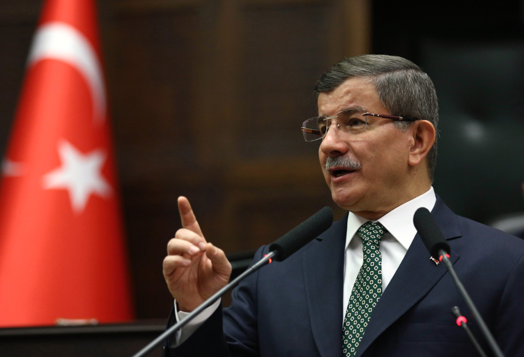 ap foto : ap : turkish prime minister, ahmet davutoglu, addresses lawmakers in ankara, turkey, tuesday, feb. 23, 2016. davutoglu accuses russia and syria along with the islamic state militants and us-backed syrian kurdish militia of attempting to form a terror belt along its border with syria and says his country won't allow it to go ahead. davutoglu says the aim is to establish a terrorist ìstructureî _ made up of the islamic state group and the u.s.-backed syrian kurdish militia group, ypg _ in syria's north. (ap photo) ahmet davutogl turkey syri automatarkiverad