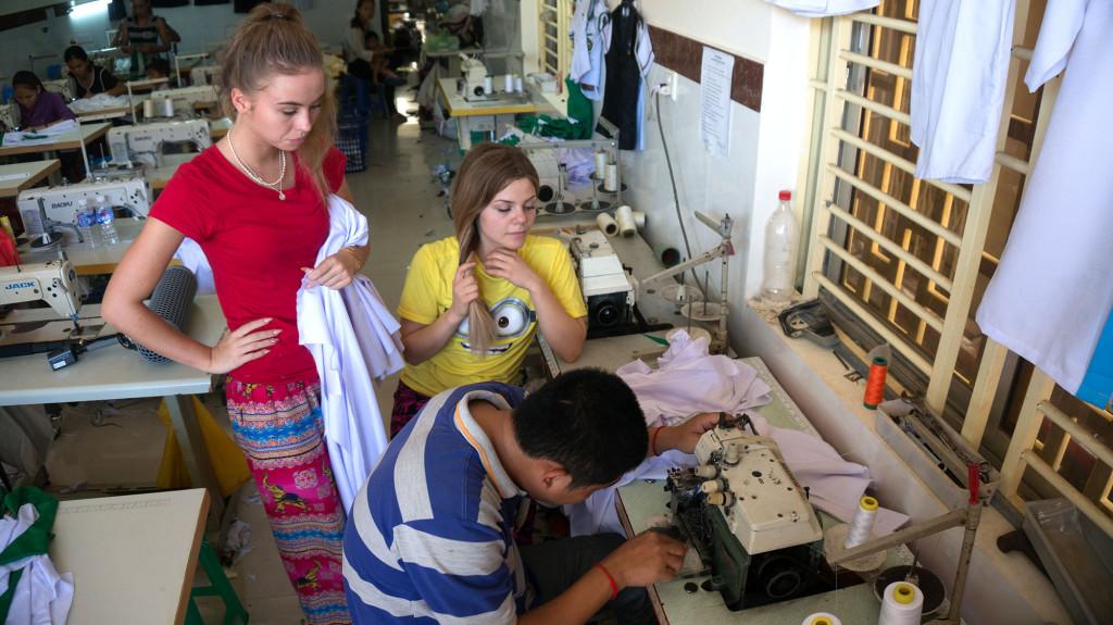 Fabrikens snabbaste och svåraste symaskin.