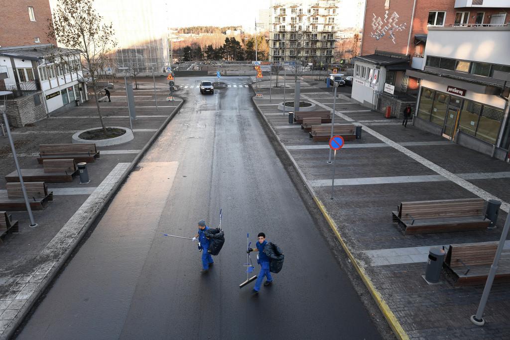 foto : urb : dokument jŠrvafŠltet. bilder bl.a frŒn platsen dŠr den senaste skjutningen var... foto urban andersson