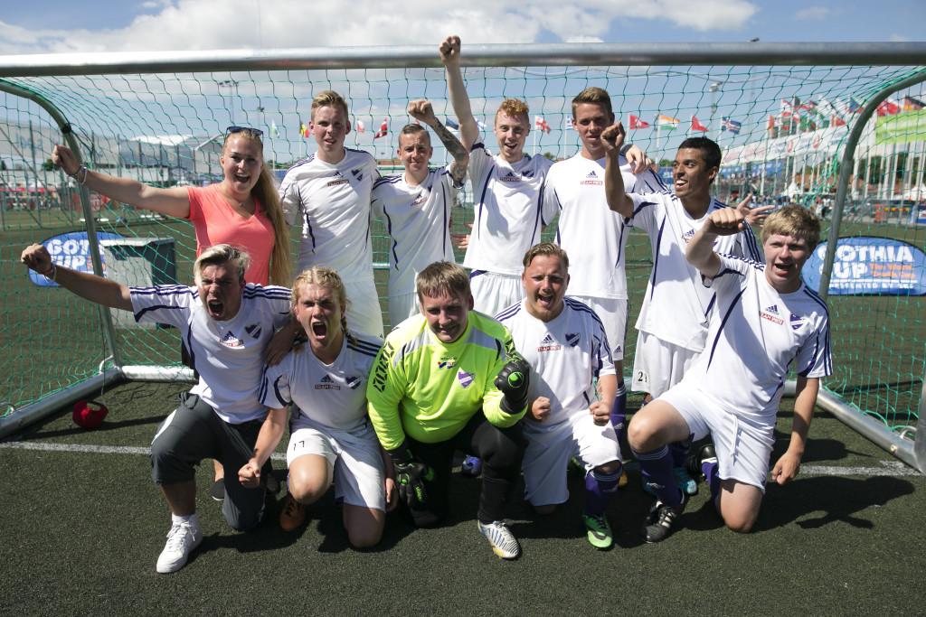 Guldjubel! Fässberg vann Kim Källström Trophy. Foto: Anders Deros