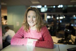 """Johanna Bäckström Lerneby blir ny krimredaktör på Aftonbladet. Hon har en bakgrund som kriminalreporter, grävare och författare och belönades 2015 med Stora journalistpriset i kategorin """"Årets berättare"""". FOTO: Sofia Nahringbauer"""