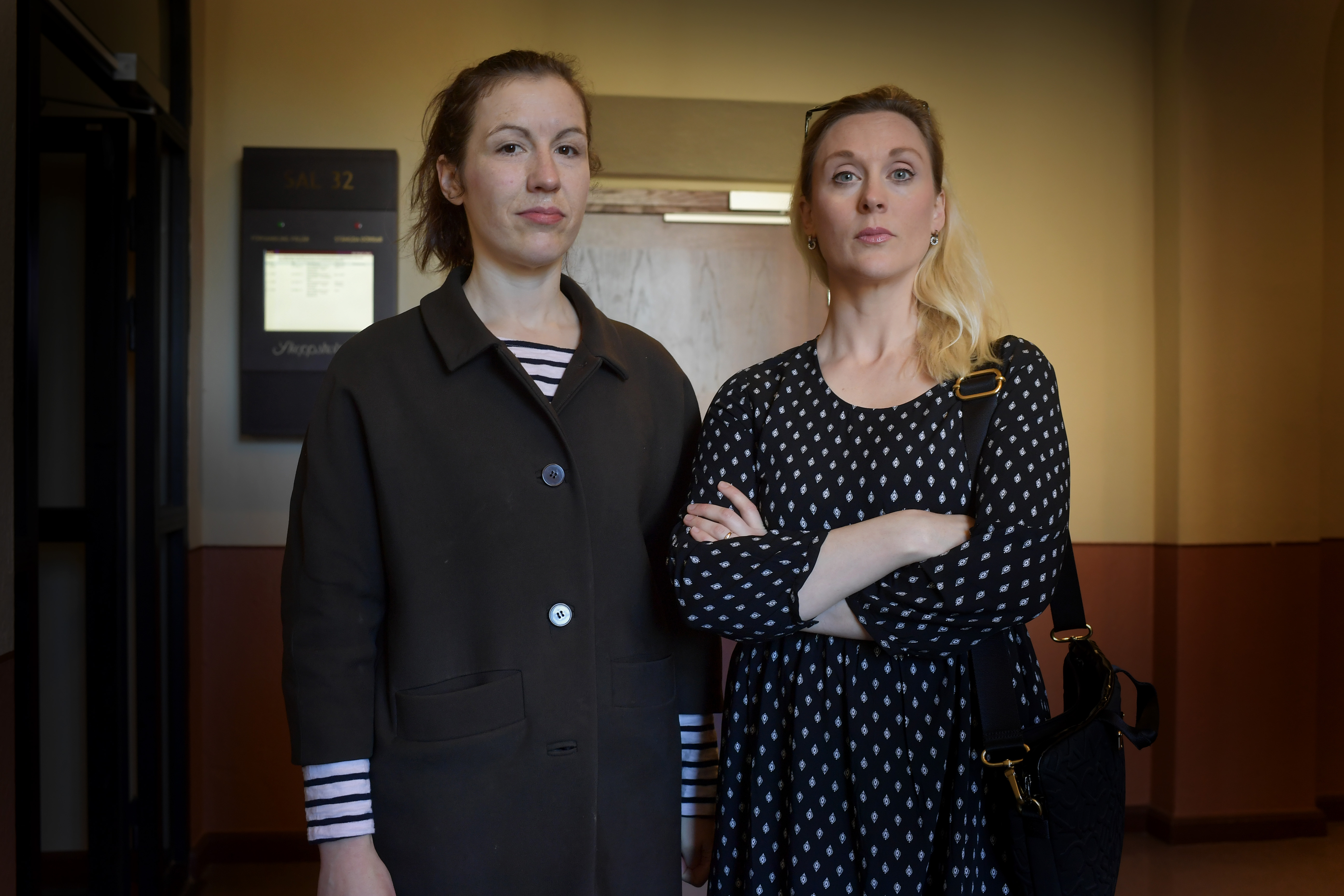 Lisa Röstlund och Lisa Bjurwald. Bild: Stefan Mattsson
