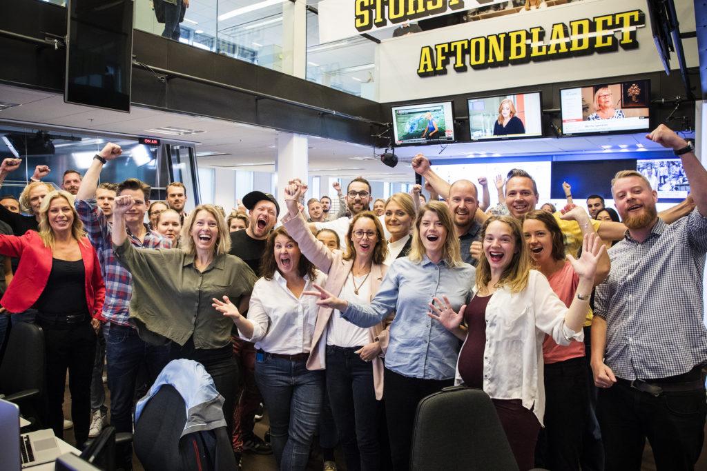 Aftonbladets redaktion efter rapporten från MMS, en rapport som visar att Aftonbladet är det kommersiella mediehus som når flest tittare i Sverige med online video. Foto: OLA AXMAN