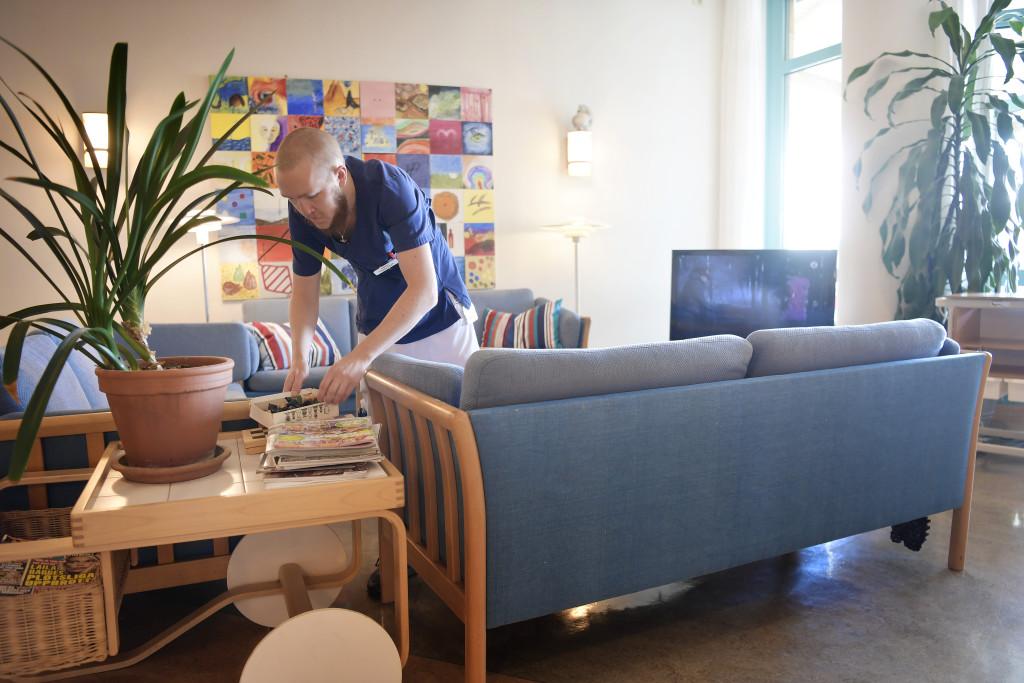 foto : stemat : daniel avenŠs, stockholm. till serie efter livet. vad hŠnder nŠr vi dšr?