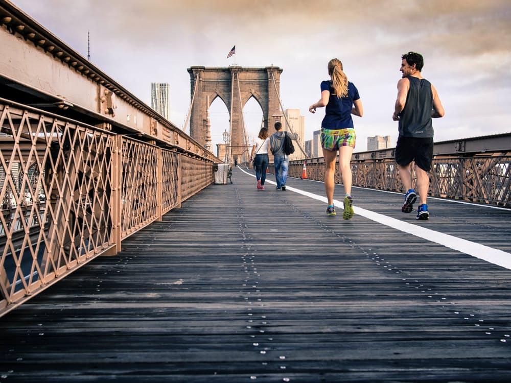 Marklyft är övningen för dig - även om du inte extraknäcker som bodybuilder. Använd tex. övningen till fettförbränning, förbättrad uthållighets- och löpstyrka.