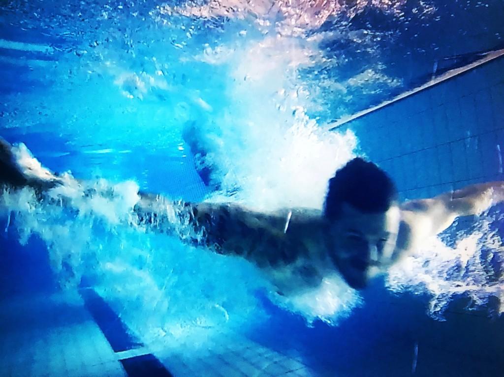 Underskatta aldrig hur fysiskt jobbigt det är att bada i 2 h. Det gjorde jag - vilket jag sannerligen fick äta upp.