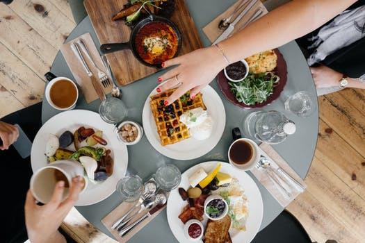 Visste du att cirka en fjärdedel av ditt totala dagsintag bör inmundigas redan vid frukostbordet?