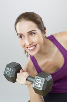Våga växla upp dina viktval och ned dina repetitionsantal för en mer effektiv kaloriförbränning.