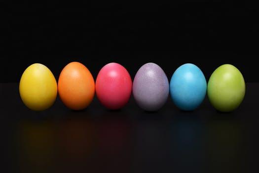 Ett normalstort ägg innehåller nästan 7 gram protein vilket motsvarar ungefär en tiondel av vad en vuxen person behöver varje dag.