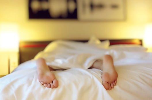 Låt god sömn skapa grunden till dina goda och hälsosamma vanor.