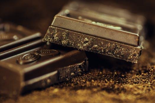 """Otacksamma 12 """"rutor"""" mjölkchoklad uppmäter samma kalorimängd som en stadig middag. Hejsanhoppsan..."""