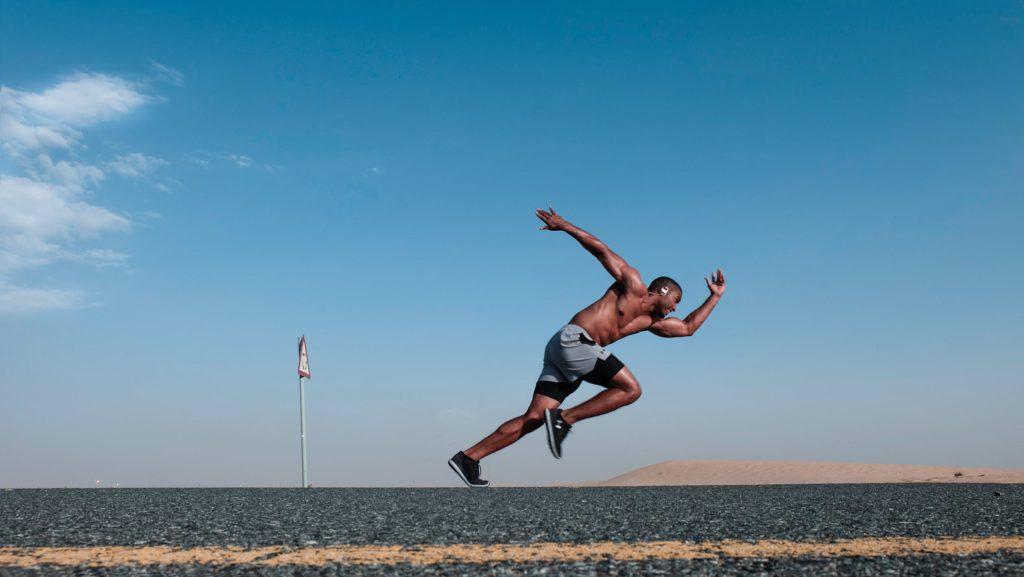 Artikeln rymmer träningsprogram, kostråd och konkreta vardagstips.
