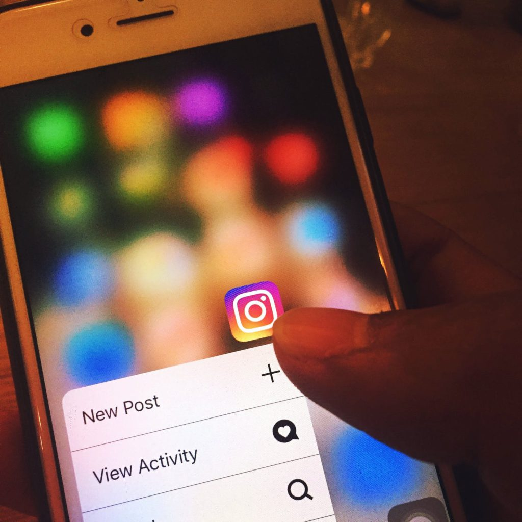 Instagram fullkomligt kokar över av 10 år gamla bilder.