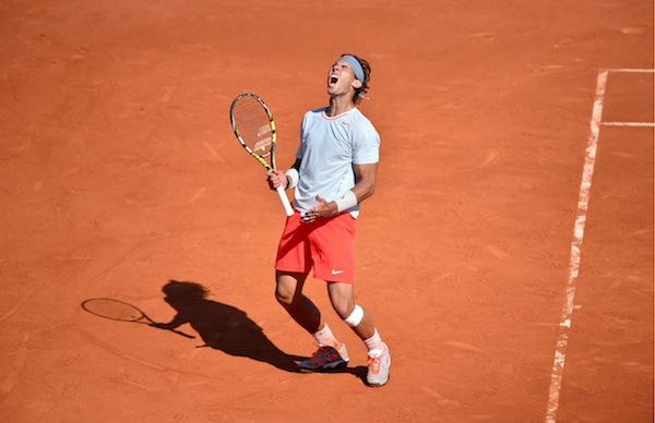 Rafael Nadal lär av allt att döma lyfta sin åttonde buckla i Franska öppna i dag. FOTO: BILDBYRÅN