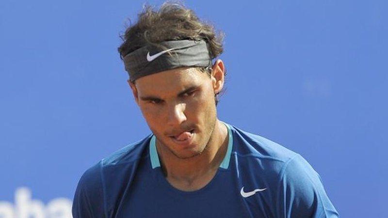 Rafael Nadal bokför ännu en tung förlust på grus.