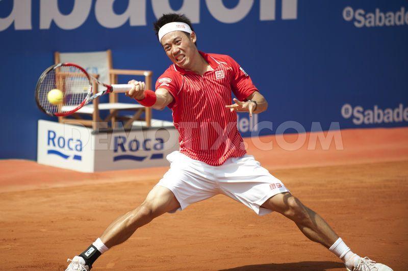 Kei Nishikori vann sin första titel på grus i Barcelona.