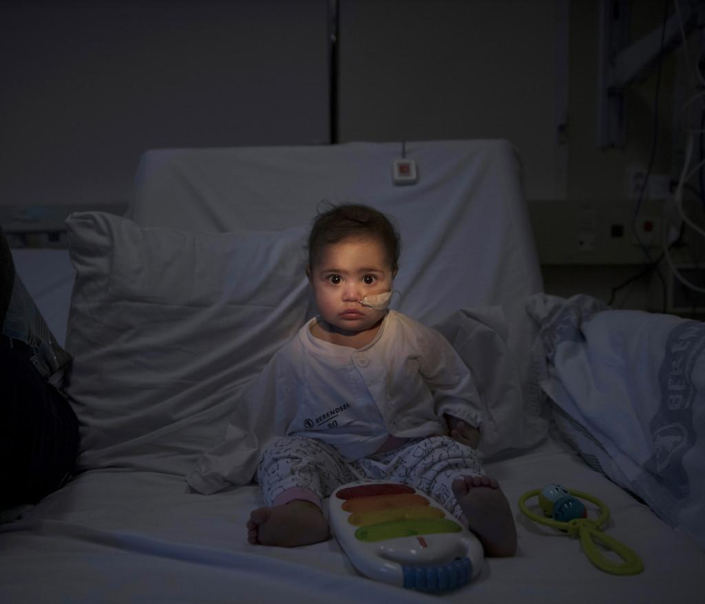 Bildreportage om barncancer.  Mariam Hewa, 11mŒn. Leukemi ALL