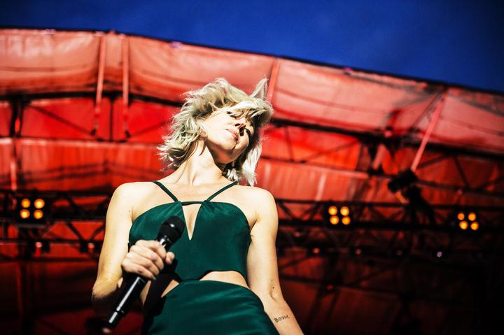veronica maggio, sångare sverige, konsert på stadion, scenbilder