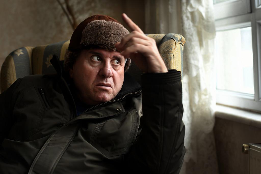foto : urb : abu yusuf flykting frŒn gaza, sŠger att han Šr fšr gammal fšr att Œka med en liten ranglig flyktingbŒt šver medelhavet.  foto urban andersson