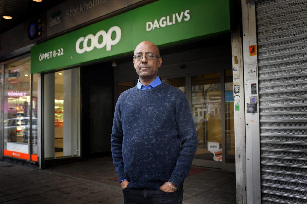 foto : stemat : mengesha aychiluhim, stockholm (daglivs) till peter kadhammars reportage