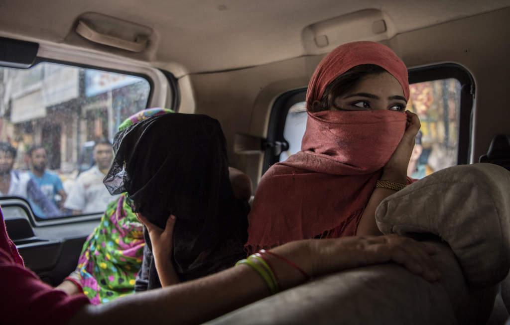 tvŒ miljoner barn i vŠrden utnyttjas i sexhandel. gb-road i new delhi Šr ett av vŠrldens vŠrsta bordellomrŒden