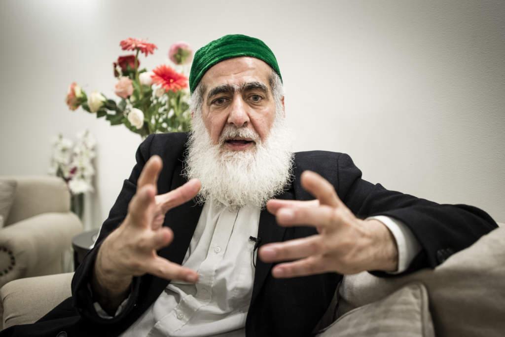 familjen ali khan styr angered. 60-Œrige hashem ali khan abu saleh, imam sverige,