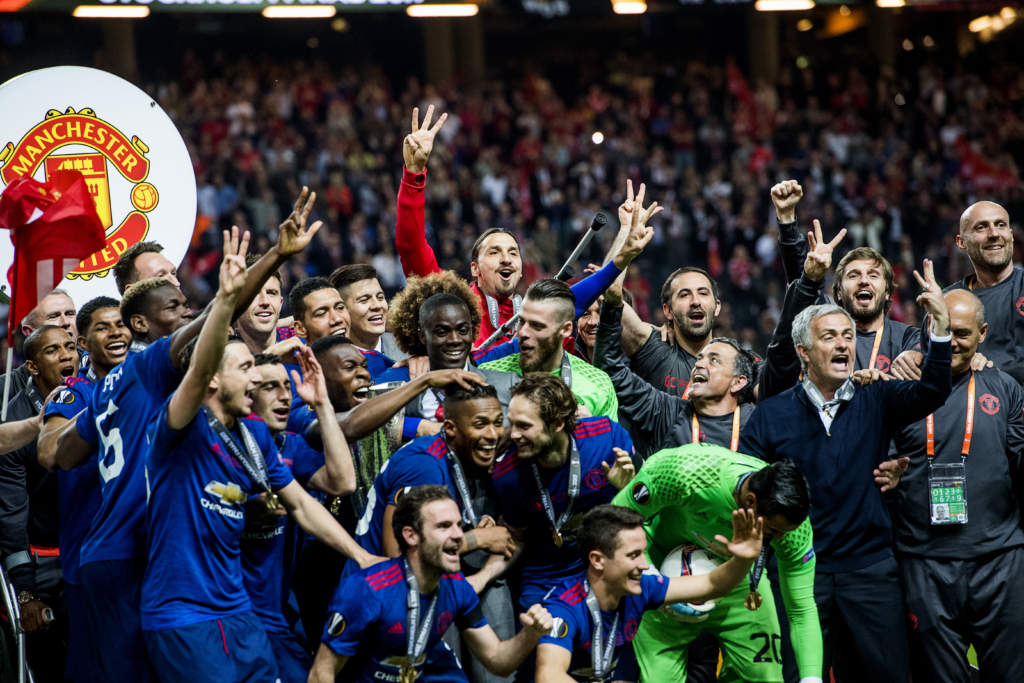 uefa europa league. final, afc ajax - manchester united, 0 - 2, zlatan ibrahimovic, fotbollsspelare sverige manchester, match action glad skadad