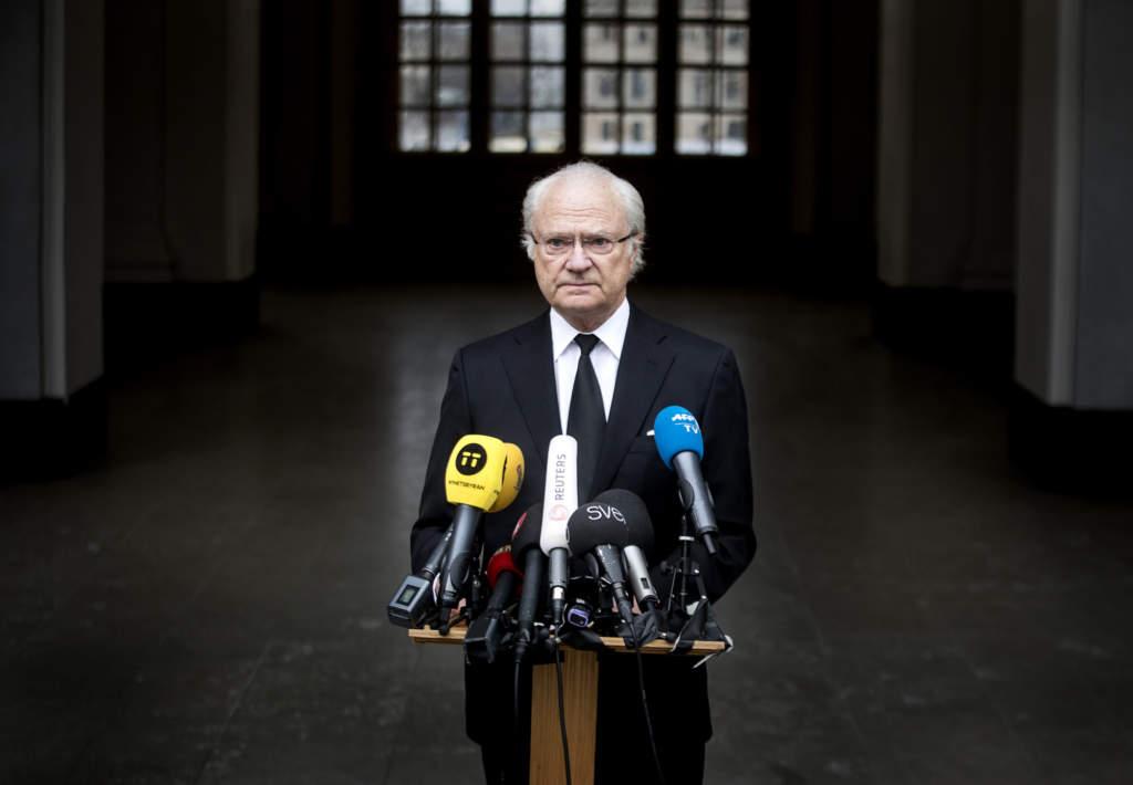 2017-04-08 STOCKHOLM Kungen håller tal till Sverige angående terrordådet  Foto: Stefan Jerrevång / 2800