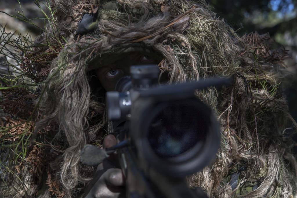 foto : jeriva : svenska militŠrens prickskyttar hos kustjŠgarna amf1, berga
