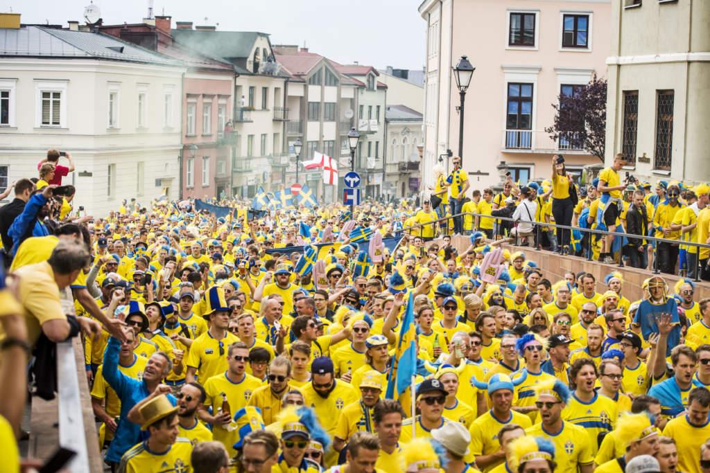u21-em 2017 i polen. sverige - england, 0 - 0, match action u21-landslaget landslaget den gula vŠggen fans supporters publik