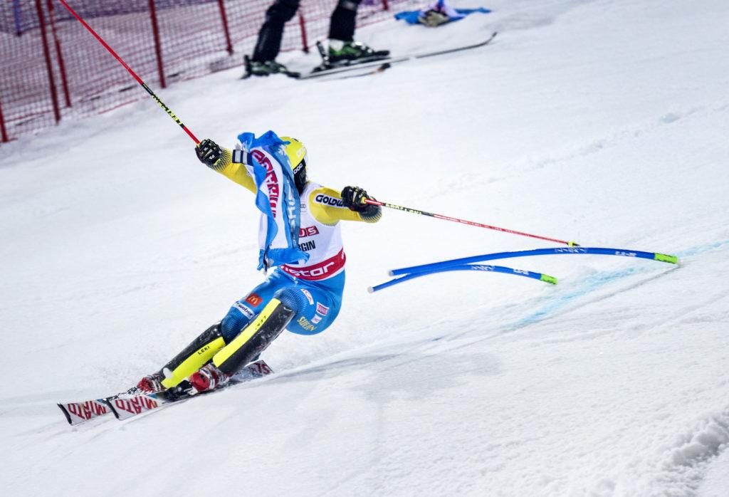 vŠrldscupen i parallellslalom i hammarbybacken. mattias hargin, alpin skidŒkare sverige, tŠvling action
